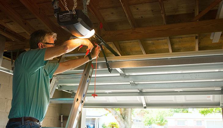 Some Basics On Garage Door Repairing